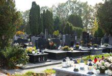 Photo of Rzecznik MZ: obecnie nikt nie przewiduje zamknięcia cmentarzy, ale rozłóżmy nasze wyjazdy w czasie